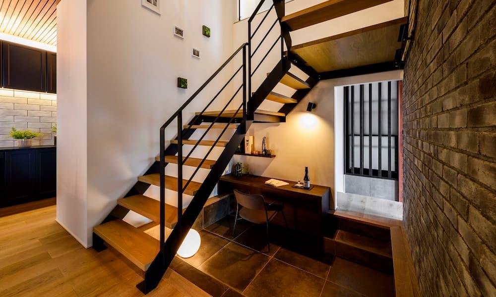 階段の種類_形状_中空き
