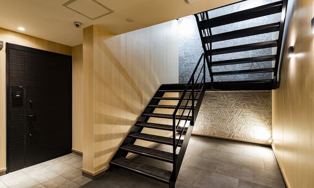 階段の種類_素材_スチール